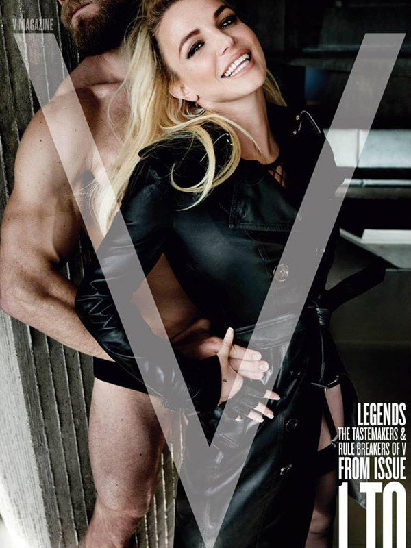 V_Magazine_Britney_Photoshoot_Blog_Workshop_Limassol_cover_1